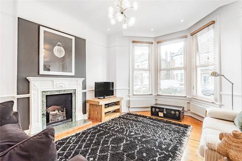 3 bedroom flat for sale - Park Avenue, Palmers Green, London, N13
