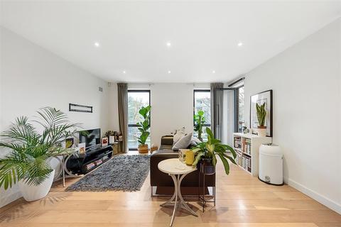 2 bedroom flat to rent - Kings Avenue, SW4