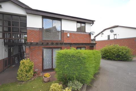 1 bedroom flat to rent - Kingsley Court, Elworth, Sandbach, CW11