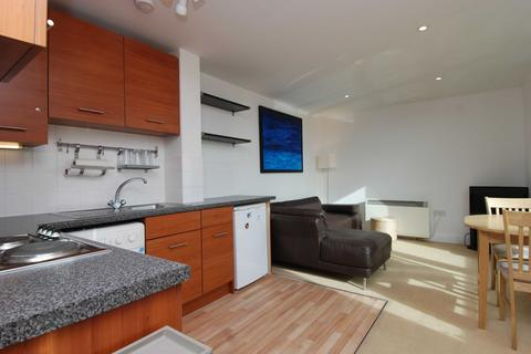 1 bedroom apartment to rent - Empire Square South, Long Lane, Borough, London, SE1