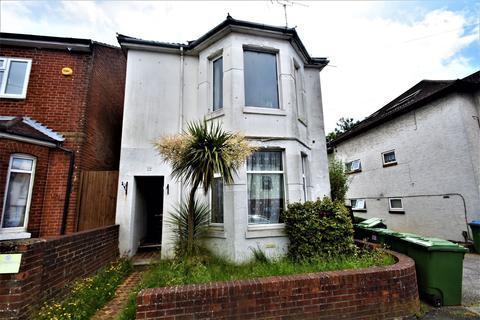 1 bedroom flat for sale - Bullar Road, ., Southampton, Hampshire, SO18 1GS