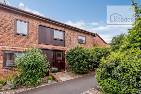 3 bedroom barn conversion for sale - Warren Hall Court, Broughton CH4 0