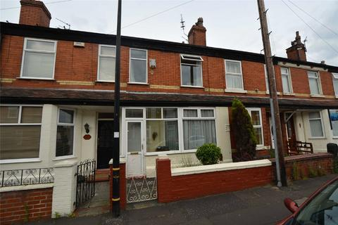 2 bedroom terraced house to rent - Bowness Street, Stretford, M32