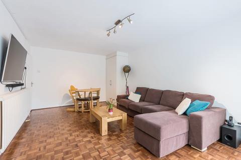 2 bedroom flat to rent - St. Johns Park London SE3