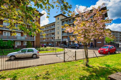 3 bedroom flat for sale - Smart Street, Bethnal Green E2