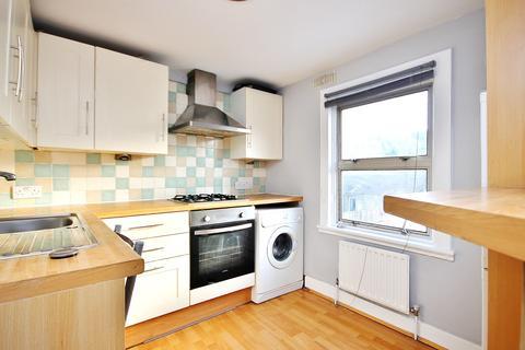1 bedroom flat to rent - Leyton Park Road, London, E10
