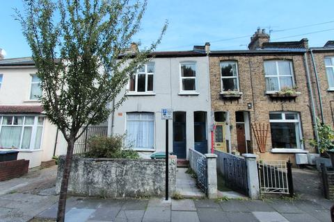 2 bedroom flat for sale - Northgrove , London, N15