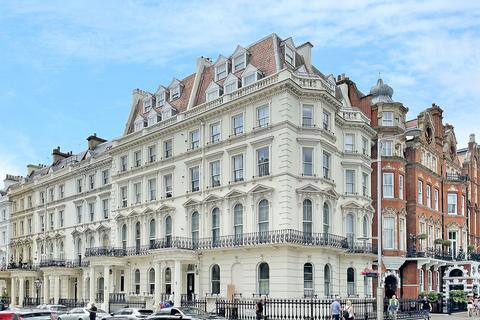 2 bedroom apartment to rent - Prince Of Wales Terrace, London, W8