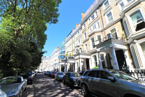 2 Bed Flats To Rent In South Kensington Apartments Flats To Let Onthemarket