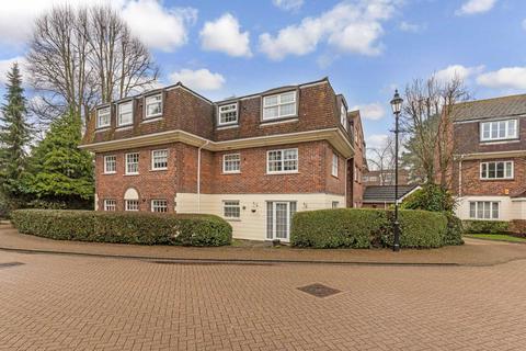 2 bedroom flat to rent - Greenacres, Horsham