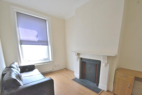 1 bedroom flat to rent - The Broadway, Crouch End N8