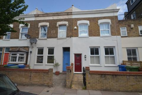 2 bedroom flat to rent - Upland Road, East Dulwich, London, SE22