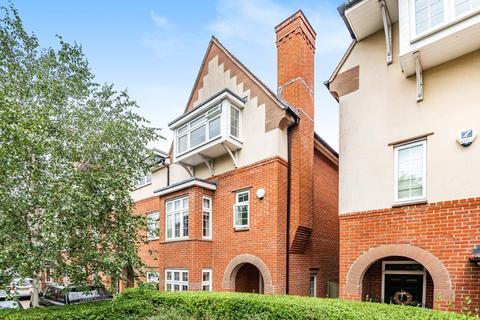 4 bedroom semi-detached house to rent - Waterways,  Summertown,  OX2