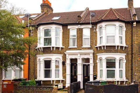 2 bedroom flat to rent - Flat 1 Lea Bridge Road,  London, E10