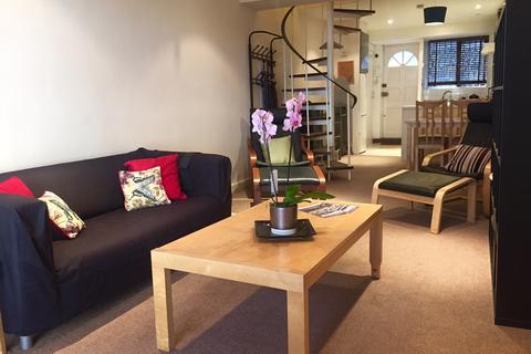 2 bedroom duplex to rent - Chilworth Mews, Paddington, London, W2