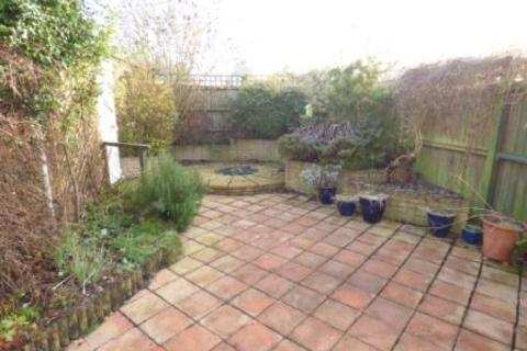 3 bedroom semi-detached house to rent - Ford Road, Telford, TF10