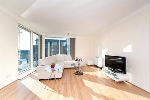 2 bedroom property to rent - Boardwalk Place, Canary Wharf, London, E14
