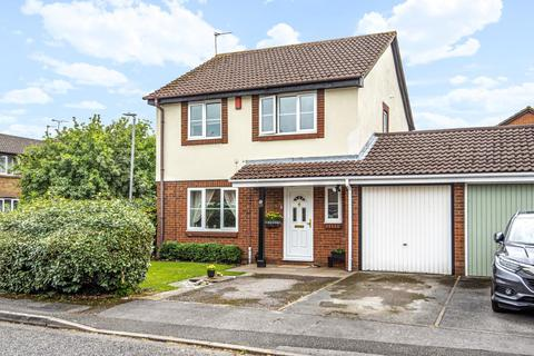 4 bedroom detached house for sale - Sharp Close,  Aylesbury,  HP21