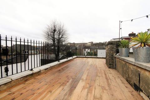 7 bedroom flat to rent - Stapleton Hall road, Finsbury Park