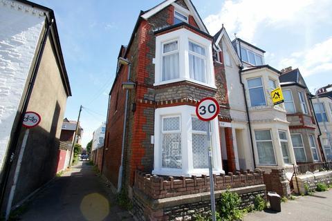2 bedroom flat to rent - Cottrell Road, Roath