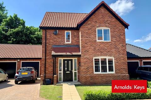 3 bedroom detached house for sale - Blofield, Norwich NR13