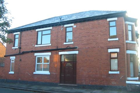 1 bedroom flat to rent - West Avenue, Crewe, CW1 3AD