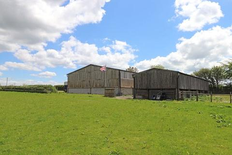 4 bedroom property with land for sale - Holsworthy, Devon