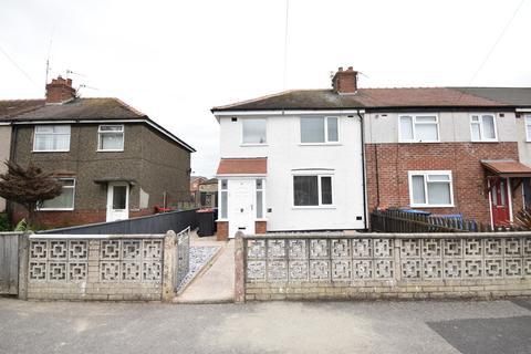 3 bedroom semi-detached house to rent - Broomfield Road, Fleetwood, FY7