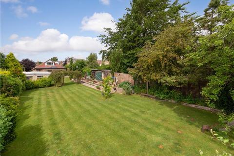 4 bedroom bungalow for sale - Rylstone Road, Baildon