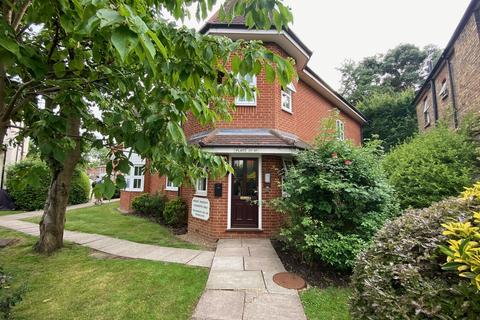 1 bedroom flat to rent - St. Saviours Court, Harrow HA1 1RN