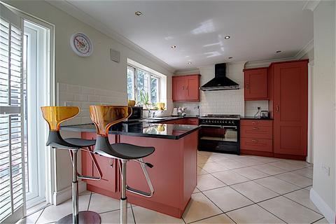 5 bedroom detached house for sale - Sandcliffe Road, Grantham NG31 8DT