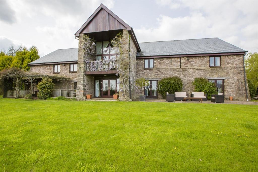 5 Bedrooms Barn Conversion Character Property for sale in Chepstow, Monmouthshire, Wye Valley