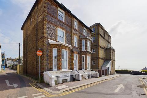 2 bedroom flat for sale - Chandos Square, Broadstairs, CT10