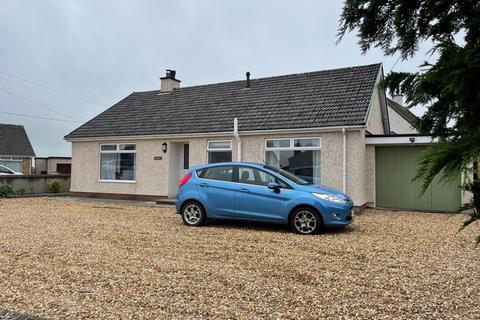 3 bedroom detached bungalow for sale - Rhosmeirch, Anglesey