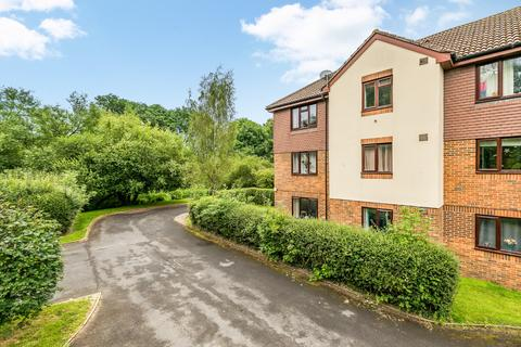 1 bedroom apartment for sale - Willow Court, Skipton Way, Horley, RH6
