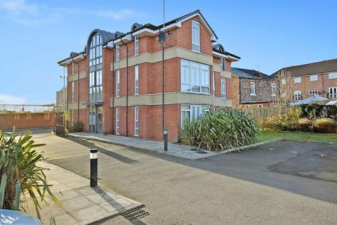 2 bedroom apartment to rent - Richmond Court, Widnes