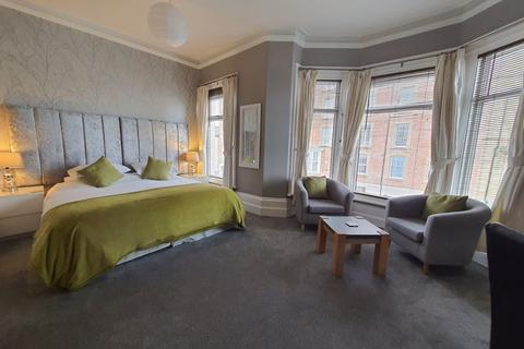 10 bedroom house for sale - Bank Square, Southport
