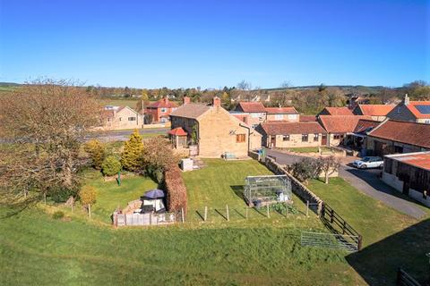 5 bedroom property with land for sale - South End, Scarborough