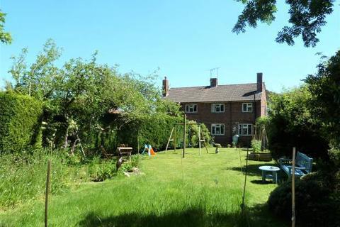 3 bedroom semi-detached house for sale - Frythe Way, Cranbrook, Kent TN17 3AS