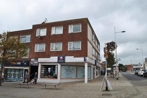 2 bedroom apartment to rent - London Road North, Lowestoft