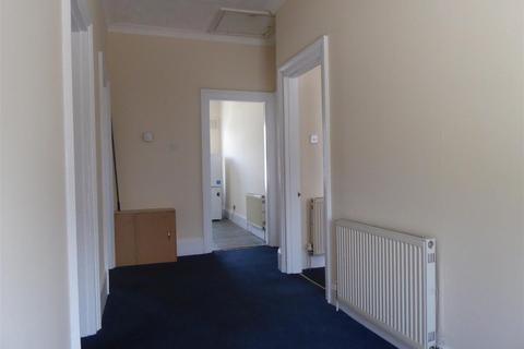 2 bedroom flat to rent - Buckingham Place