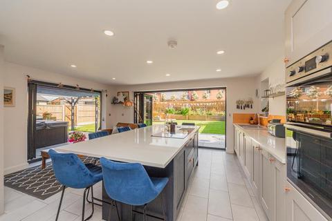 5 bedroom detached house for sale - South Kilworth Road, North Kilworth, Lutterworth