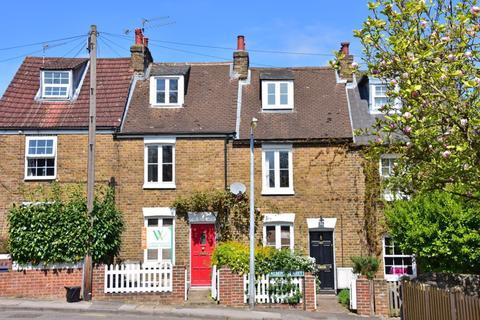 3 bedroom terraced house to rent - Albert Street, Maidenhead