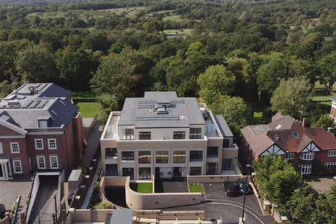 2 bedroom apartment for sale - Sambrook Court, Cockfosters Road, Hadley Wood, Hertfordshire