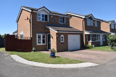 3 bedroom detached house for sale - Graces Close, Cranfield, Bedford