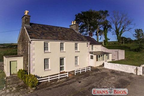 5 bedroom property with land for sale - Coastal Farm, Near New Quay