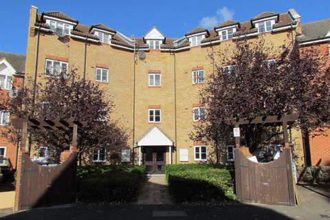 2 bedroom flat to rent - Ridley Close, Barking