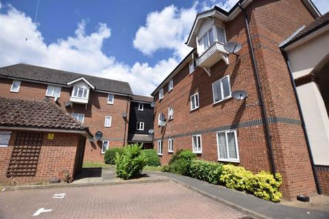 1 bedroom flat to rent - Manderville Court, Chingford, London