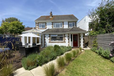 4 bedroom detached house for sale - Ferringham Way, Ferring, Worthing
