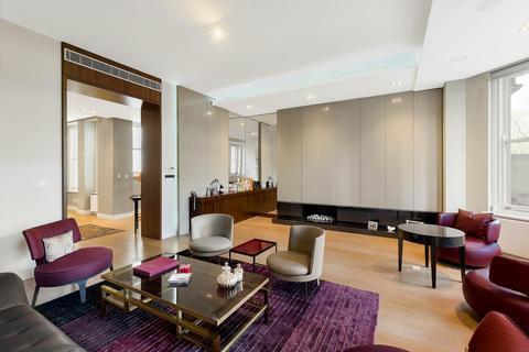 3 bedroom flat for sale - Rutland Court, Rutland Gardens, London, SW7